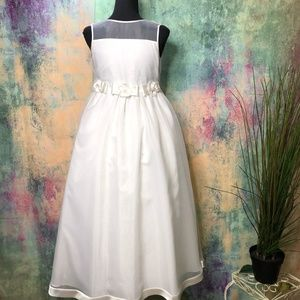 🌸 NWOT Santa Monica Stunning Flower Girl Dress